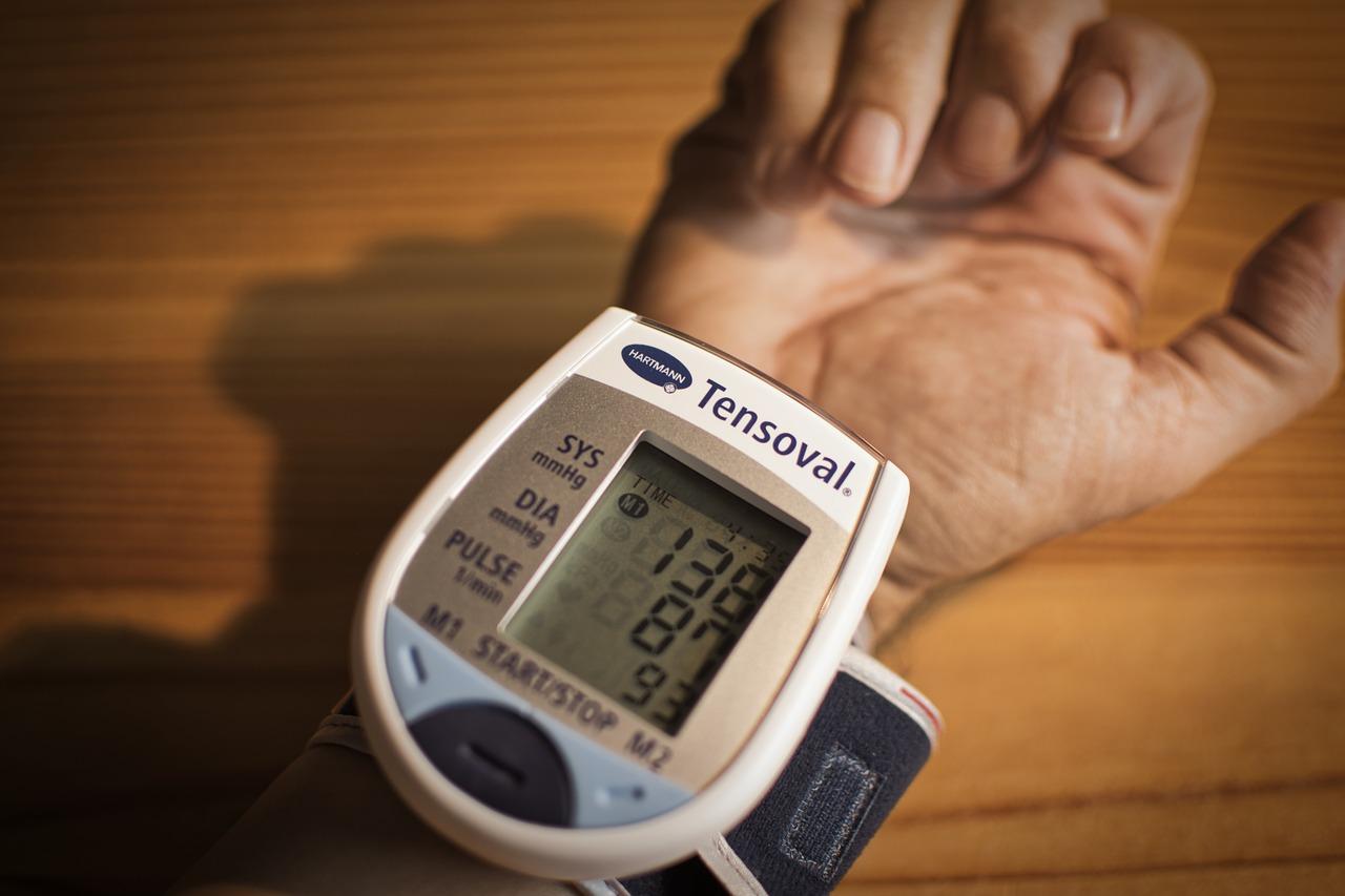 Penyakit Darah Tinggi Penyebab Gejala Pengobatan